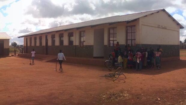 Escola Primária Mbambala